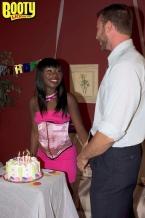 She urges u to eat her cake, cake, cake, cake!